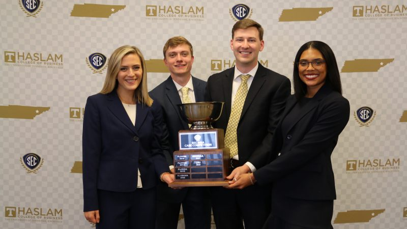 Manderson Team Wins SEC MBA Case Competition