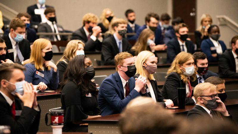 Speaker's Edge Welcomes Incoming MBA Cohort
